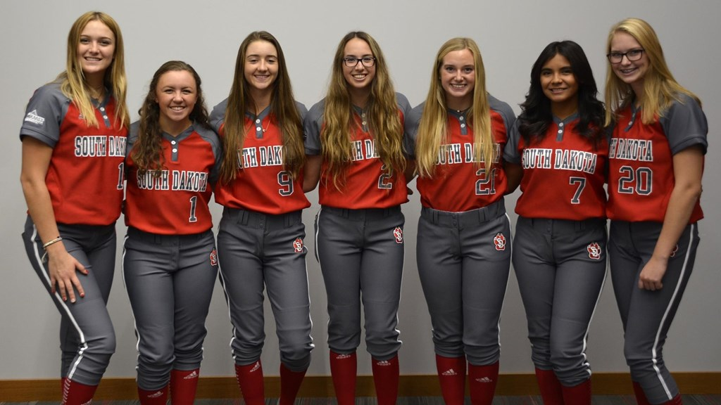 Coyote softball signs seven